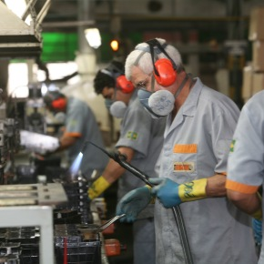 Trabalho e Emprego em 2013 no Brasil (I): ocupação edesemprego