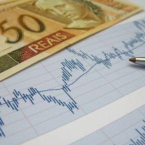 Contração fiscal em 2011; austericídio em2015?